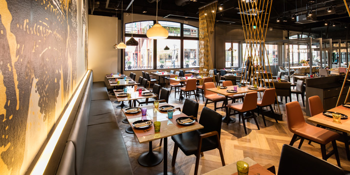 Dining Tables from Osha Cafe at Asiatique the Riverfront, Bangkok