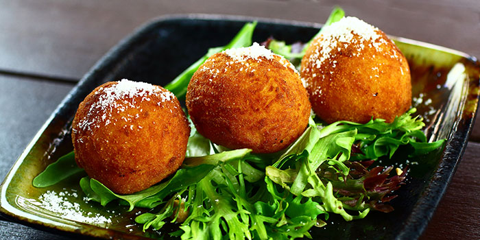 Mozarella Cheese Balls from Giardino Pizza Bar & Grill at CHIJMES in City Hall, Singapore