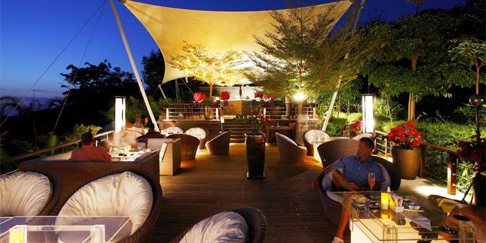 Ambience of 360° Bar in Cherngtalay, Thalang, Phuket, Thailand