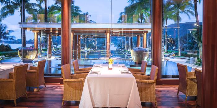 Atmosphere of Silk Restaurant and Bar in Kamala, Kathu, Phuket, Thailand