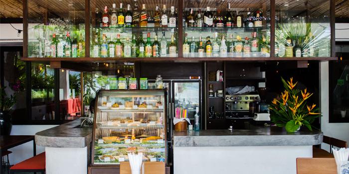 Bar of Rustic-Eatery & Bar in Patong, Kathu, Phuket, Thailand