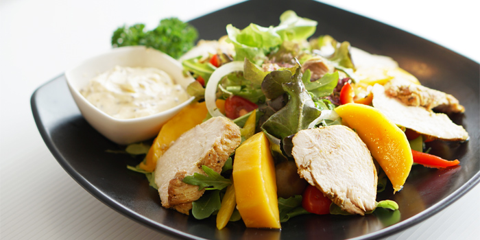 Chicken Mango Salad with Mustard Seed Dressing from Les Diables in Boat Lagoon, Koh Kaew, Muang Phuket, Thailand