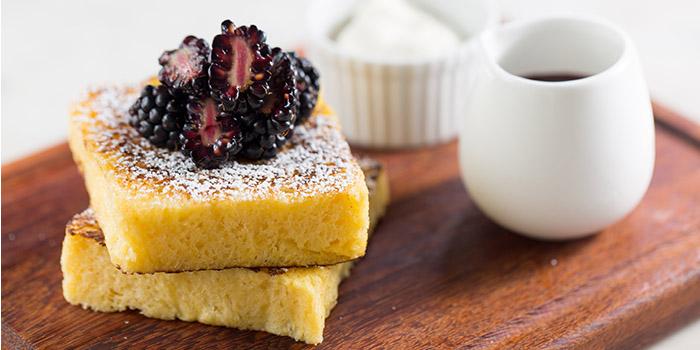 French toast, blackberry caramel, vanilla blackberry…ascarpone, The Pawn, Wan Chai, Hong Kong