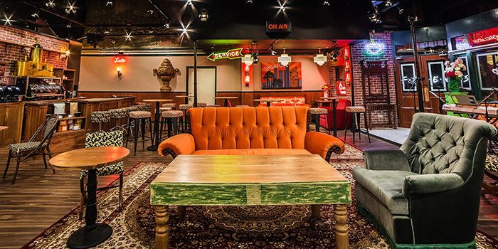 Main Sofa of Central Perk (F.R.I.E.N.D.S Cafe) in Clarke Quay, Singapore