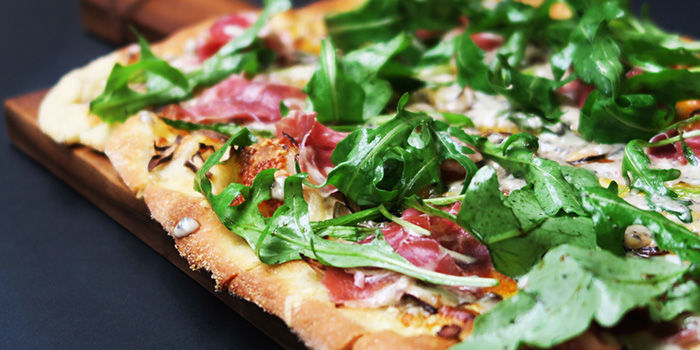 Parma Ham and Truffle Pizza from Red Tail Bar in Clarke Quay, Singapore