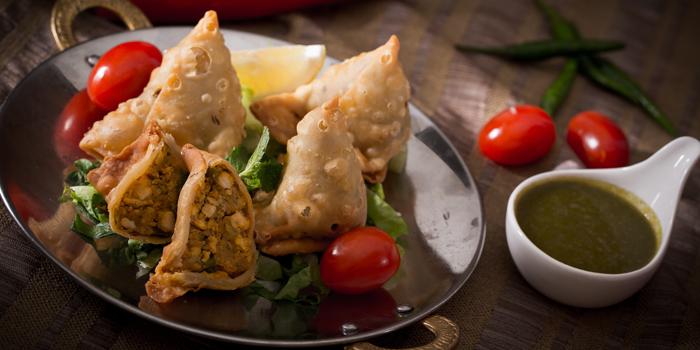 Chicken Samousa from Al Saray in Silom Soi 2/1, Bangkok