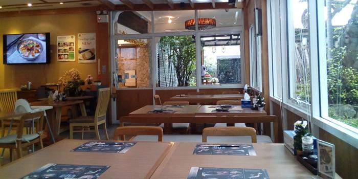 Dining Area from Tenyuu Grand in North Sathorn Road, Bangkok