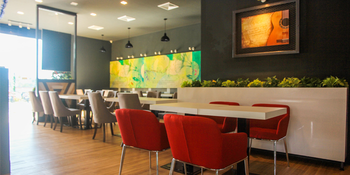 Dining Area of Kenny Rogers Roasters in Cherngtalay, Thalang, Phuket, Thailand