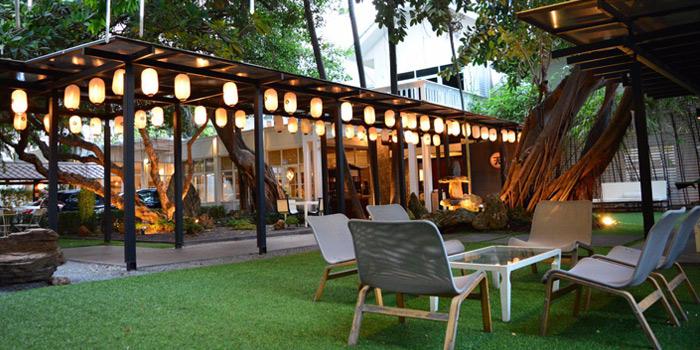 Garden Area from Tenyuu Grand in North Sathorn Road, Bangkok