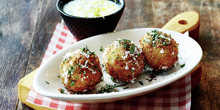 Pea and Mint Arancini from Jamie
