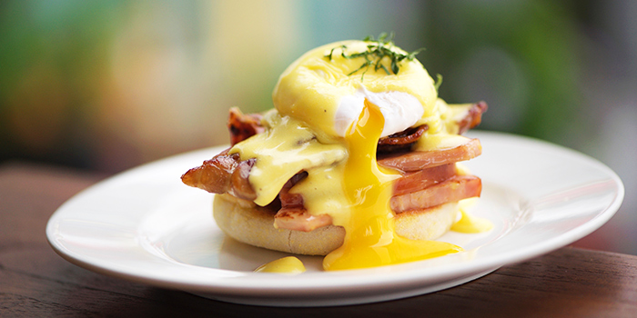 Eggs Benedict from Prive CHIJMES in City Hall, Singapore