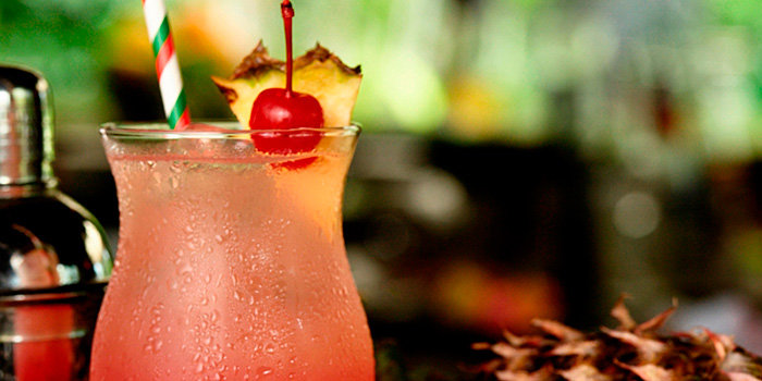 Singapore Sling from Privé Orchard in Orchard Road, Singapore
