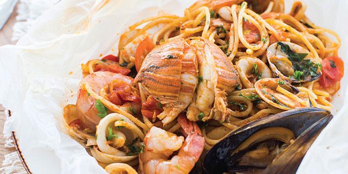 Cartoccio di Spaghetti alla Marinara from Ricciotti (Riverwalk) in Clarke Quay, Singapore