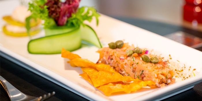 Smoked Salmon Tartare from Sam