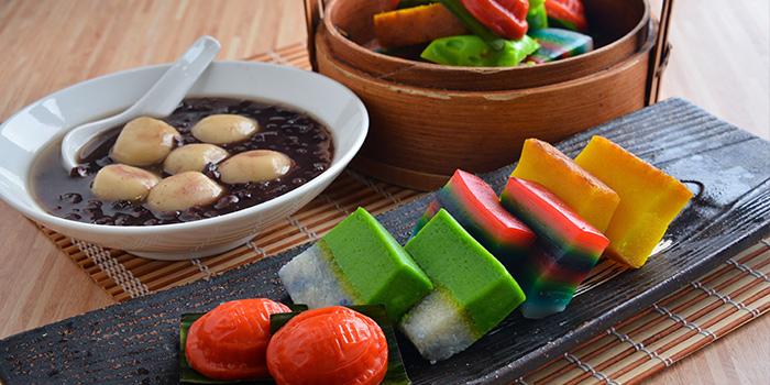 Dessert Spread from Makan@Jen at Hotel Jen Orchardgateway in Orchard Road, Singapore