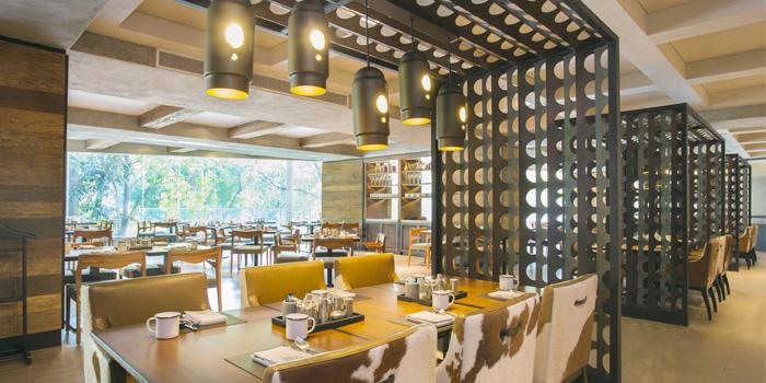 Dining Area of Goji kitchen + Bar at Bangkok Marriott Marquis Queen