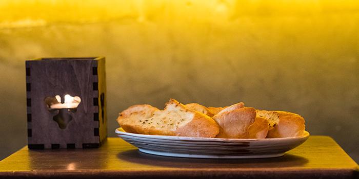 Garlic Bread, Shack Tapazaka, Causeway Bay, Hong Kong