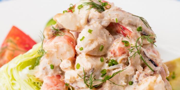 Lobster Crab Shrimp Louie, Dan Ryan