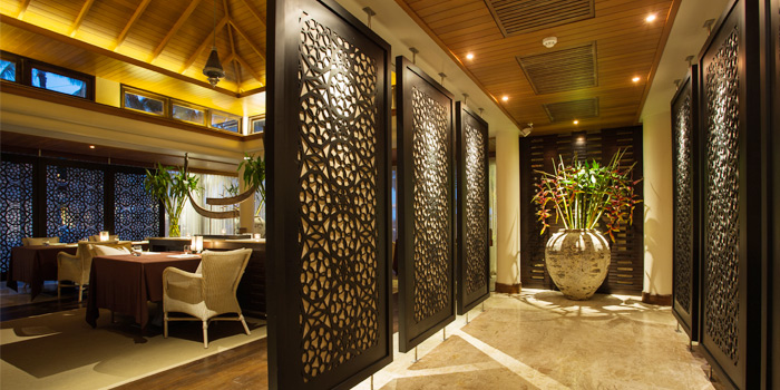 Restaurant-Atmosphere of PRU in Cherngtalay, Phuket, Thailand