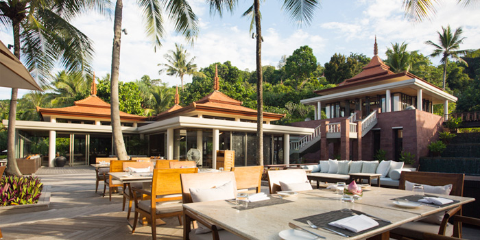 Restaurant-Atmosphere of The Deck in Cherngtalay, Phuket, Thailand