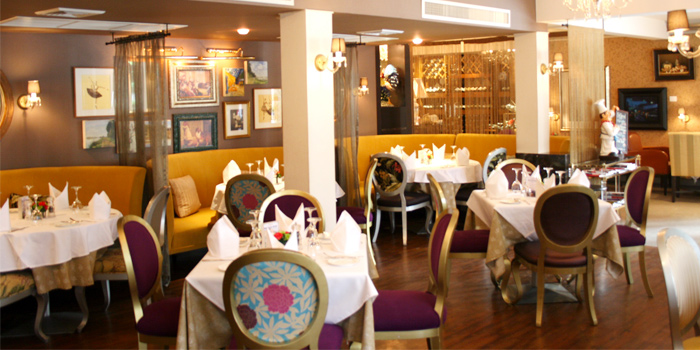 Dining Area from Lyon French Cuisine at Soi Ruam Rudee 2, Pholenchit Road, Bangkok
