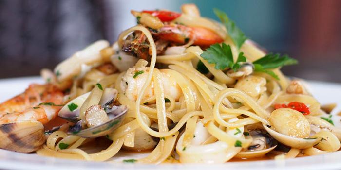 Frutti di Mare Linguine Aglio Olio from Bella Pasta in Robertson Quay, Singapore