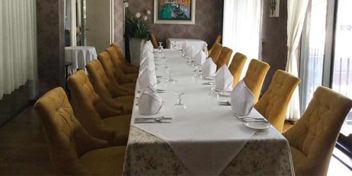 Burgandy Room from Lyon French Cuisine at Soi Ruam Rudee 2, Pholenchit Road, Bangkok