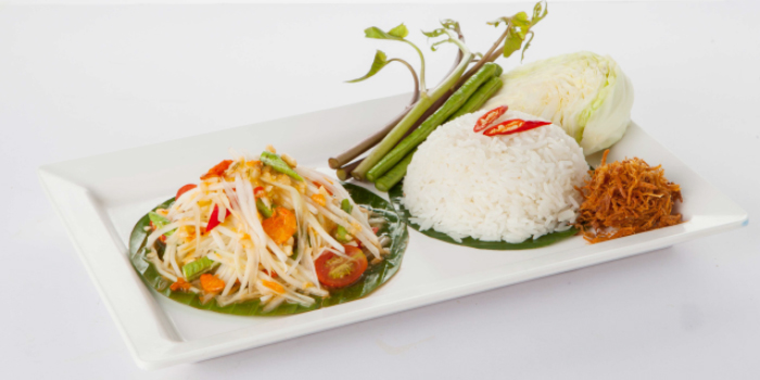 Coconut Rice with Papaya Salad from Zabtaetae Thai Spicy Restaurant in Maung, Phuket, Thailand