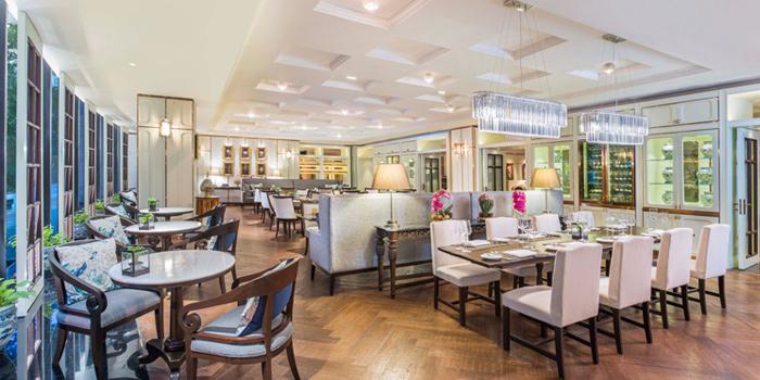 Dining Area from The Rain Tree Café at Plaza Athénée Bangkok, A Royal Meridien Hotel, Bangkok