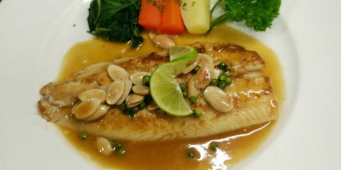 Filets de sabillaud from Lyon French Cuisine at Soi Ruam Rudee 2, Pholenchit Road, Bangkok