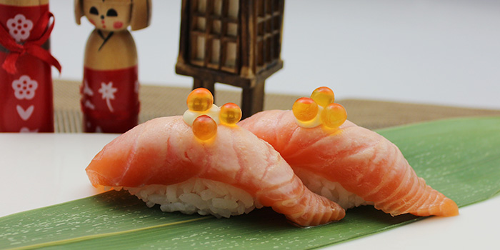 Aburi Shake Sushi from Shin Minori Japanese Restaurant in Robertson Quay, Singapore