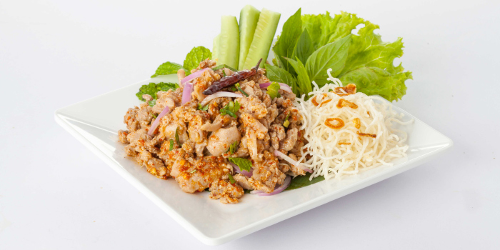 Spicy Minced Duck Salad with Crispy Noodle from Zabtaetae Thai Spicy Restaurant in Maung, Phuket, Thailand