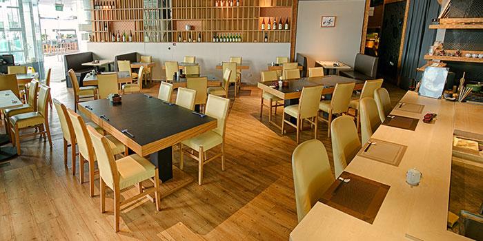 Dining Area of Yamazaki Japanese Restaurant in One Fullerton in Raffles Place, Singapore