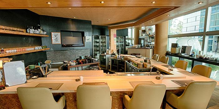 Sushi Counter from Yamazaki Japanese Restaurant in One Fullerton in Raffles Place, Singapore