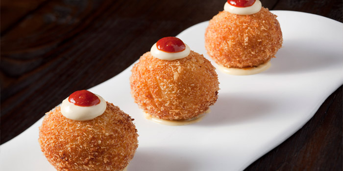 Bombas from