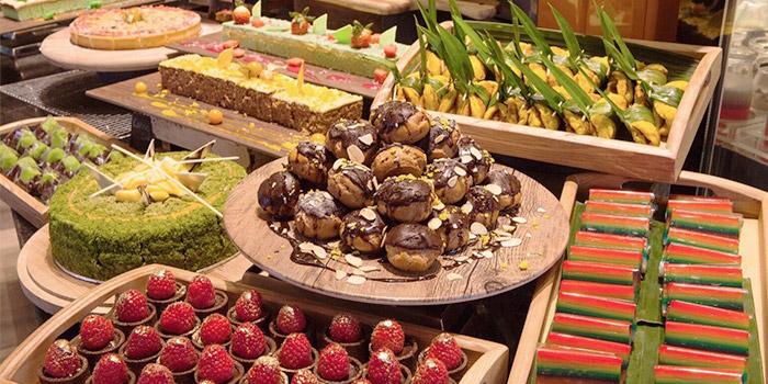 Dessert Spread from J65 @ Hotel Jen Tanglin at Hotel Jen in Tanglin, Singapore