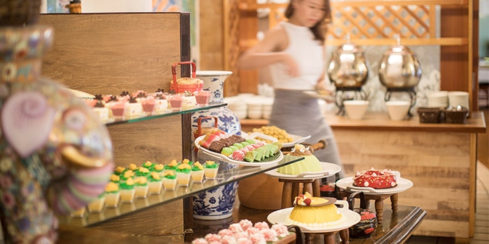 Desserts from Asian Market Cafe at Fairmont Singapore in City Hall, Singapore