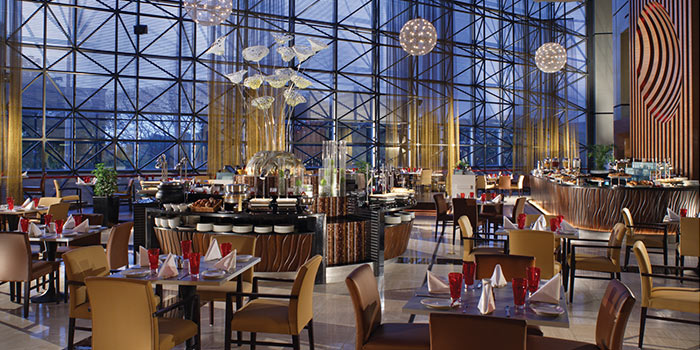 Dining Area of Cafe Swiss in Swissotel The Stamford, Singapore