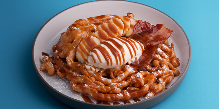 Funnel Cake from Crackerjack in Tanjong Pagar, Singapore