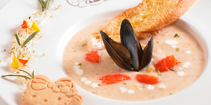 Seafood Chowder from Hello Kitty Orchid Garden at Changi Airport Terminal 3 in Changi, Singapore