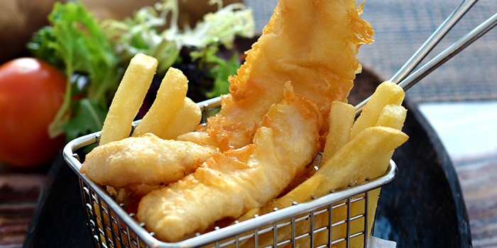 Fish & Chips from PappaMia (Changi Airport T1) in Changi, Singapore