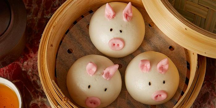 Steamed Barbecued Pork Buns, Loong Yuen Cantonese Restaurant, Tsim Sha Tsui, Hong Kong