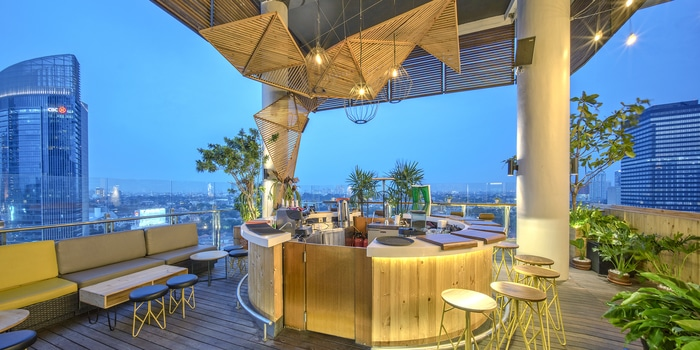 Bar at Skyloft All Seasons Thamrin