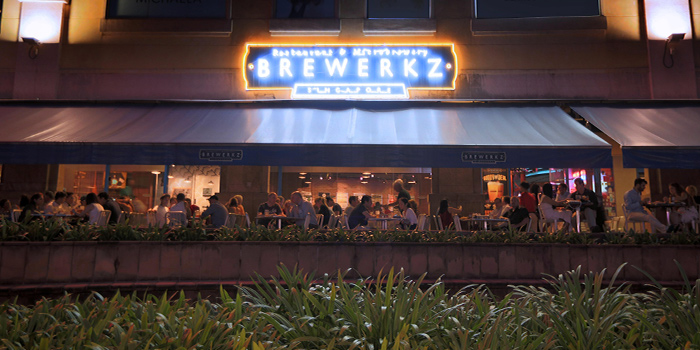 Exterior of Brewerkz Riverside Point in Clarke Quay, Singapore