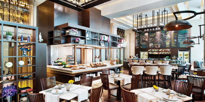 Dining Area from Niche at Siam Kempinski Hotel, Bangkok