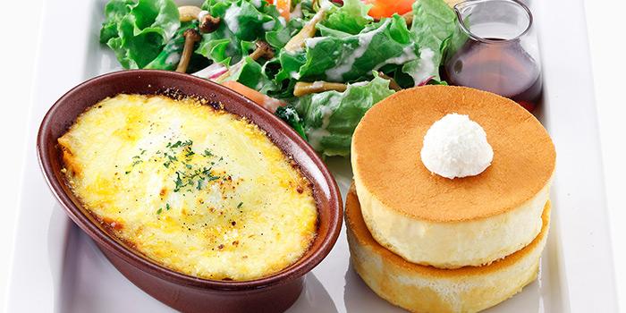 Lasagna with Mini Souffle Pancake from Hoshino Coffee (Suntec City) in Promenade, Singapore