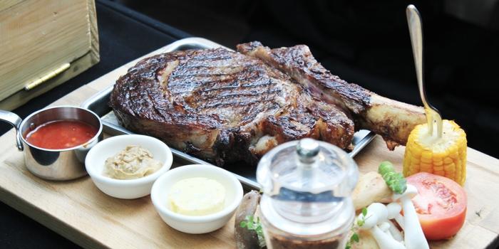 Hot Stone Steak at Riva Grill Bar & Terrace at The Park Lane Jakarta in Kuningan, Jakarta