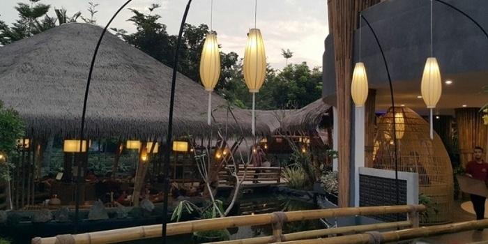Exterior at Saung Layaran Ancol