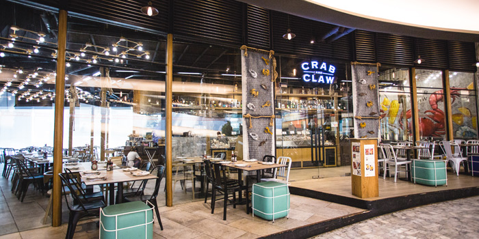 Atmosphere from Crab and Claw at The Helix @ The EmQuartier, Bangkok