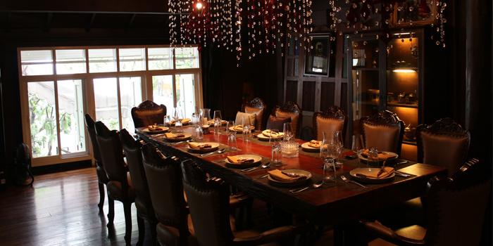 Dining Table from Mango Tree Charoenkrung at O.P. Garden, Bangkok